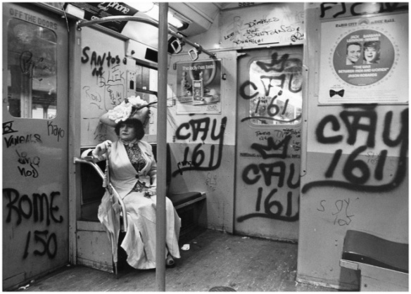 editta-sherman-on-the-train-to-the-brooklyn-botanic-garden-new-york-historical-society-gift-of-bill-cunningham-all-1968-1976